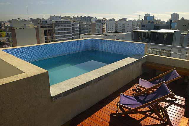 infos sur piscine balcon arts et voyages. Black Bedroom Furniture Sets. Home Design Ideas